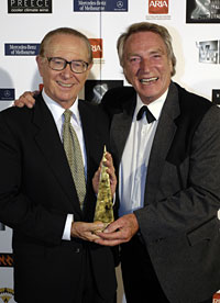 Photo of Brian Henderson and Frank Ifield by Marty Philbey. Photograph published with the kind permission of Australian Recording Industry Association. Copyright owned by ARIA