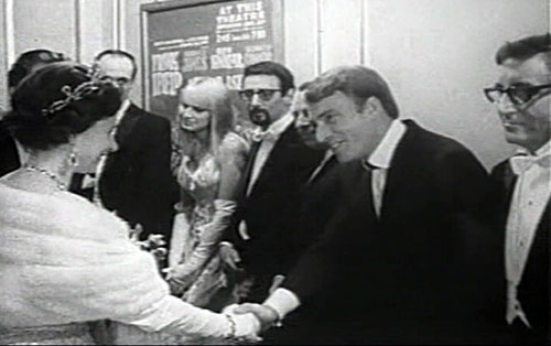 Frank Ifield meets Queen Elizabeth